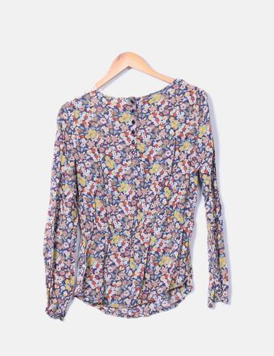 Blusa manga larga estampado floral combinada con crochet