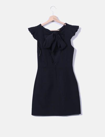 Vestido negro escote espalda