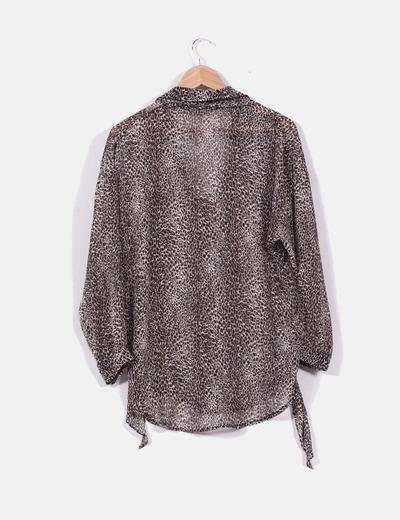 Blusa semitransparente print leopardo