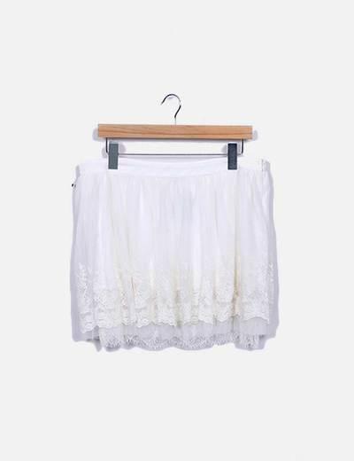 Falda de tul blanca con bordado floral Suiteblanco