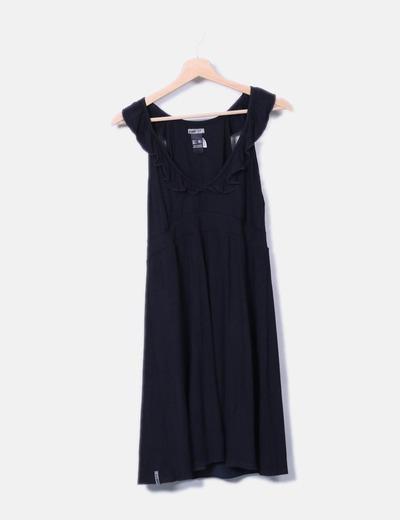 Vestido fluido negro detalle volantes Colcci