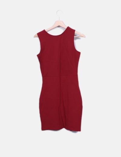 Vestido midi rojo sin mangas