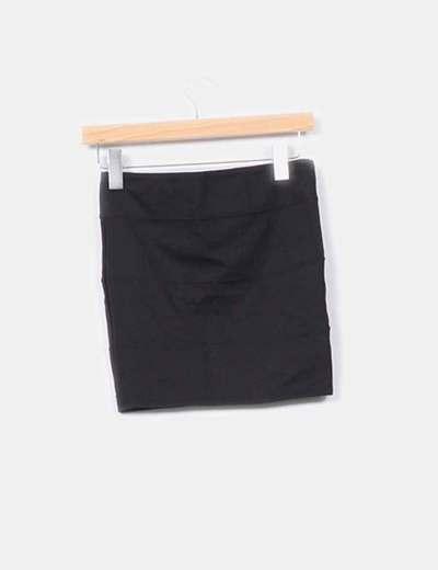 Mini falda elastica detalle costuras