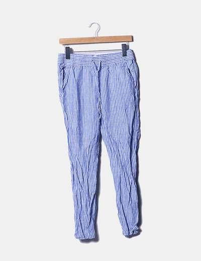 Pantalón azul de rayas