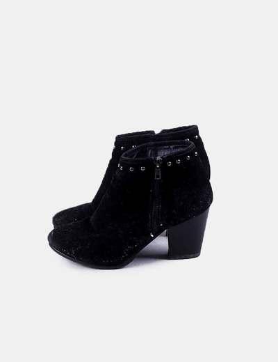 Shana ankle boots