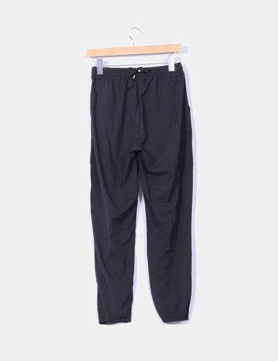 Pantalon negro baggy