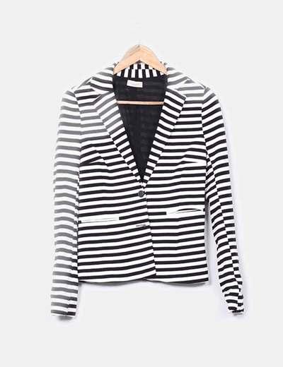 Pull Bear Marine Jacke mit schwarzen und weißen Streifen (Rabatt 71 ... d2513f3014