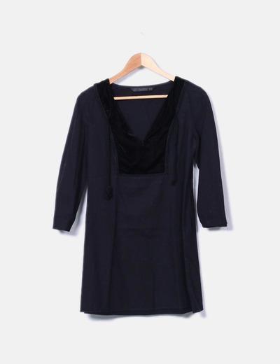 Vestido negro escote velvet Zara