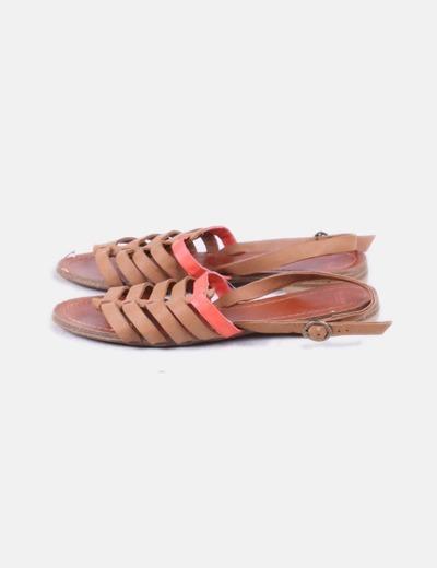 Sandalias tiras marrones