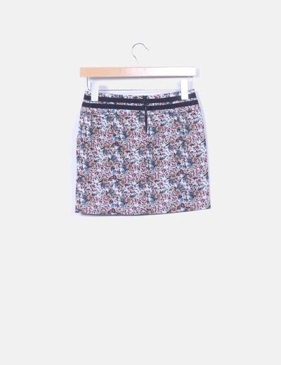 Mini falda floral con cordon