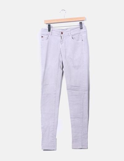 Jeans denim pitillo gris Zara