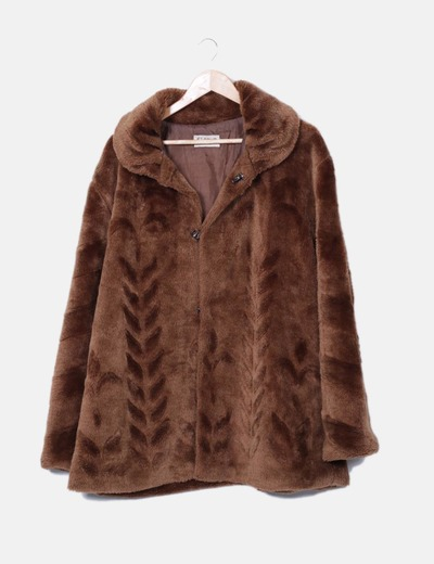 diseño innovador 58d5e 36d20 Abrigo pelo marrón