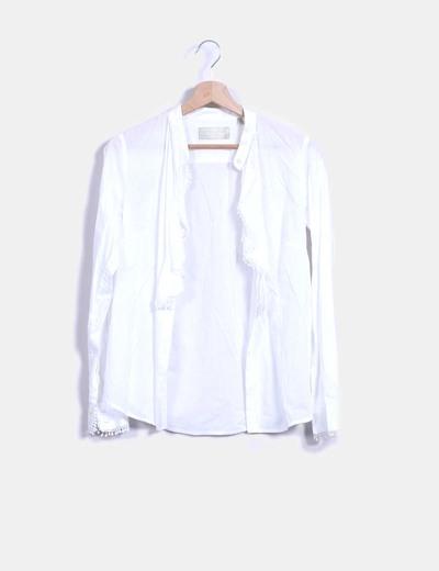 Camisa blanca con chorreras Pedro del Hierro