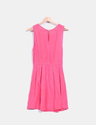 Vestido rosa fucsia bordado