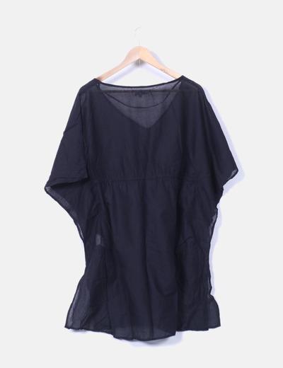 Blusa negra oversize playera