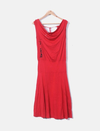 Robe rouge à bretelles Skunkfunk