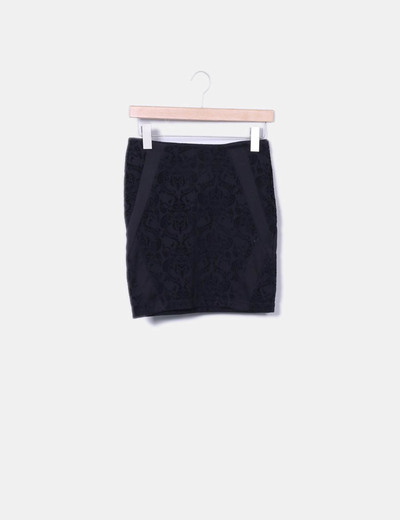 Minifalda negra texturizada Lefties