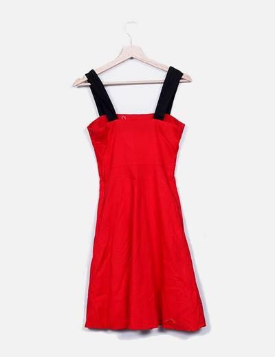 Vestido rojo midi tirante negro
