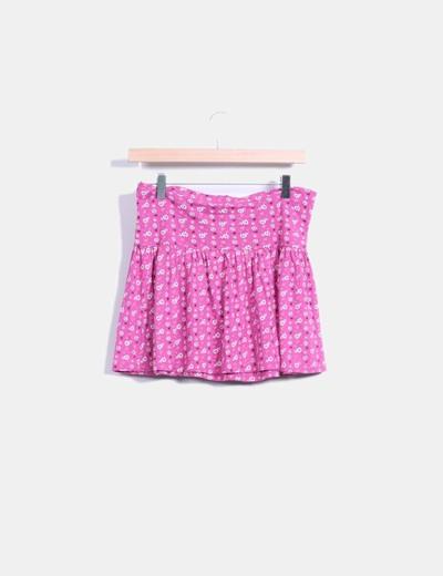 Falda rosa con estampado