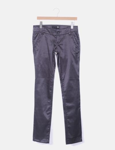 Pantalón gris satinado