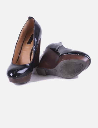 771776314e093 Lefties Zapatos cuña charol negro (descuento 67%) - Micolet
