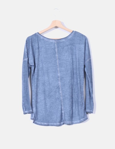 Camiseta azul efecto destenido