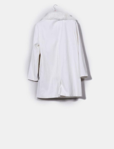 Kiabi Abrigo largo blanco con pelo extraible (descuento 62%) - Micolet 26e1df468ad6