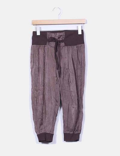 Pantalon pirata raso marron