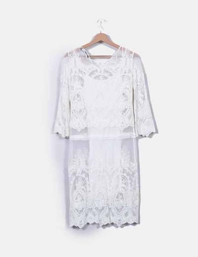 Vestido blanco bordados zara