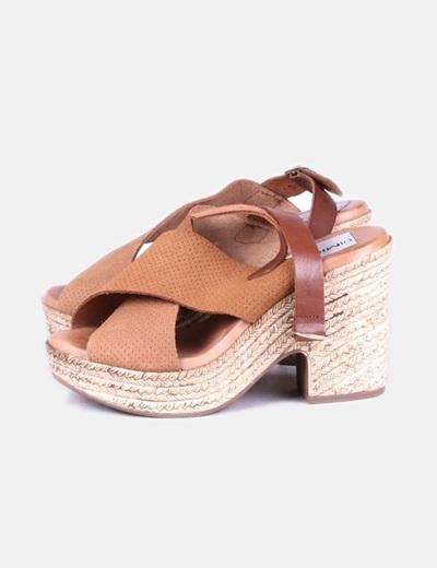 Sandalias marrones con tacón DiMikelo