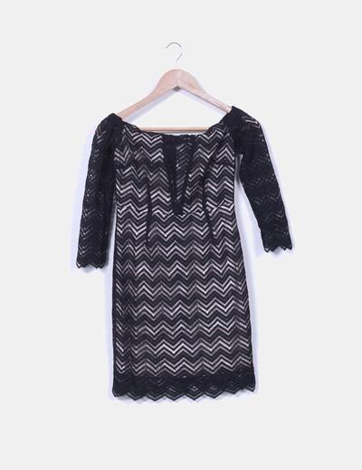 Vestido negro de puntilla zig zag Oxygene