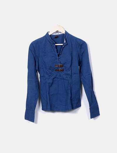 Blusa azul marina detalle hebillas Bershka
