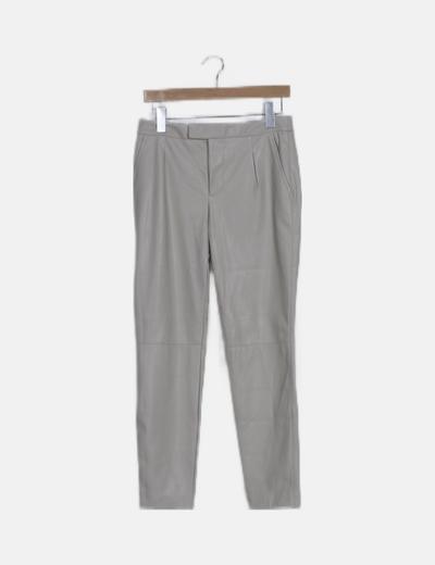 Pantalón polipiel beige