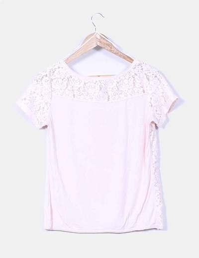 Top rosa crochet combinado