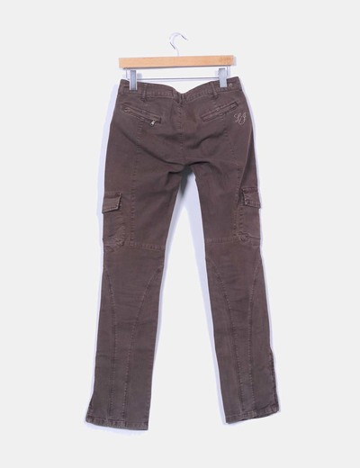 Pantalon denim marron oscuro bolsillos
