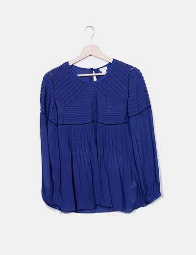 Blusa azul plisada Hoss Intropia