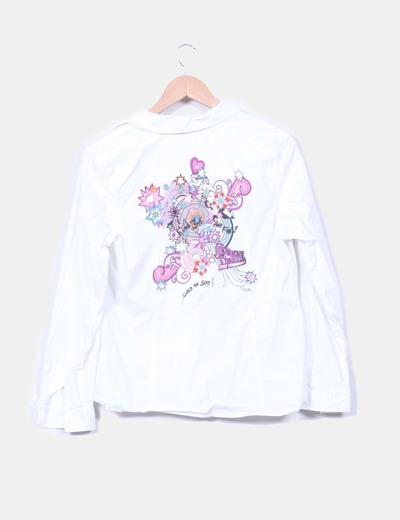 Camisa blanca con estampado en espalda