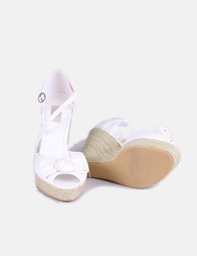 Sandalias cuna blancas