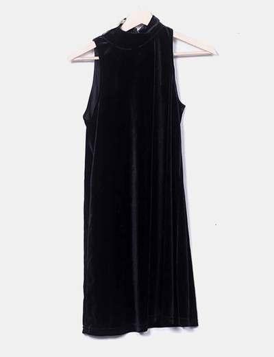Vestido velvet negro sin mangas