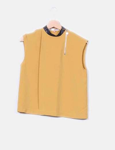 Blusa mostaza detalle polipiel  Look for clothes