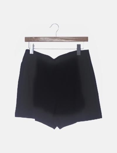 Short negro raya