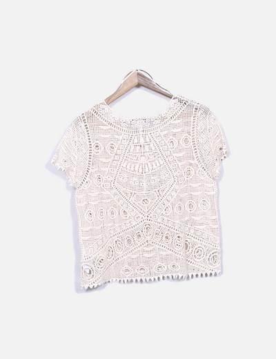 Camiseta beige semitransparente