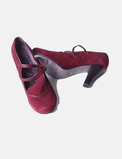 Zapato burdeos antelina
