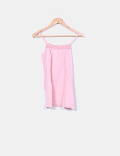Top rosa crochet de tirantes Bershka
