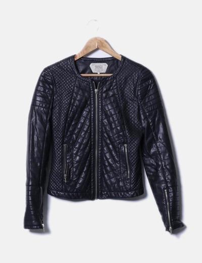 Biker negra acolchada Zara