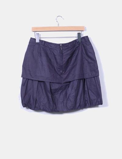 Mini falda gris oscura con botones