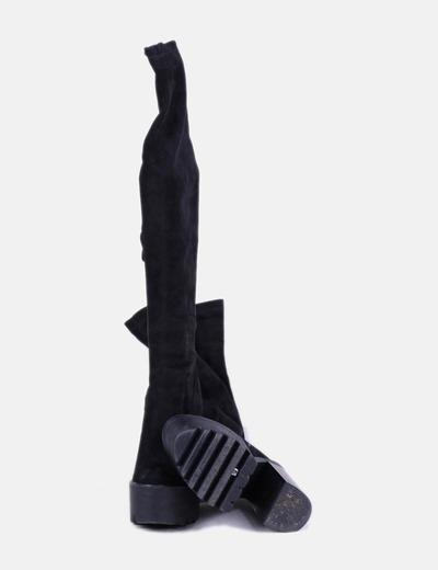 Bota alta de tacon antelina negra con plataforma