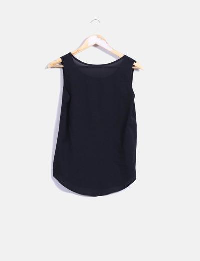 Blusa negra sin mangas NoName