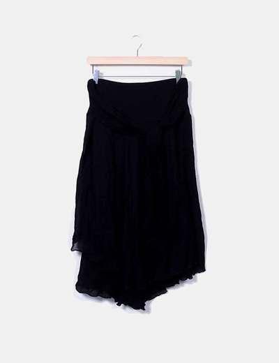 Falda fluida negra con lazo