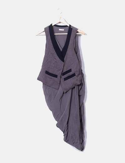 Vestido gasa con chaleco taupe
